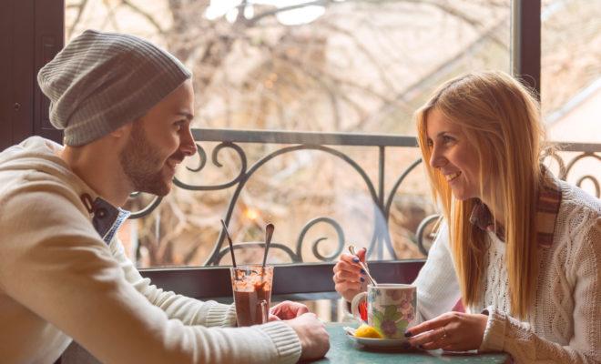 8-lucruri-pe-care-trebuie-sau-nu-sa-le-faci-la-prima-intalnire